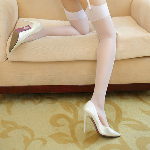Burla de medias pantyhose brillante