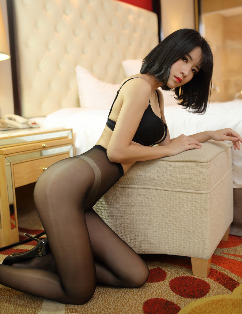 To select pantyhose see